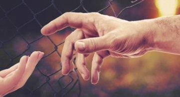 La Province de Hainaut marque sa solidarité aux migrants en transit de Wallonie picarde